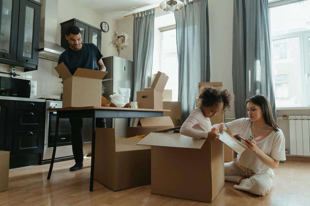 tips for a clutter-busting routine for any family to follow